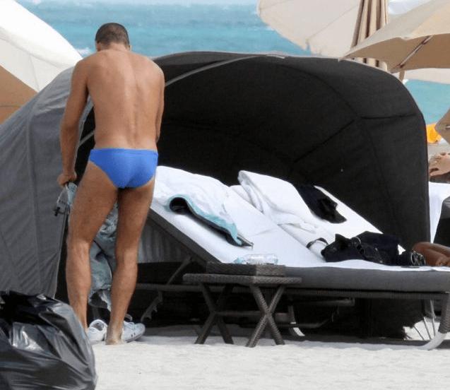 Cholo Simeone en la playa