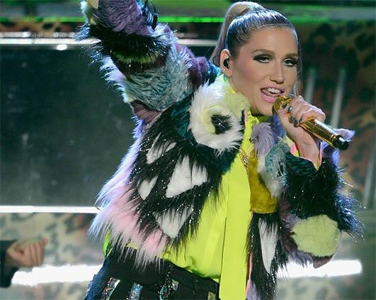 Ke$ha Kids Choice Awards 2013