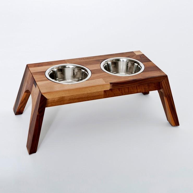 Comedor de madera para perros y gatos