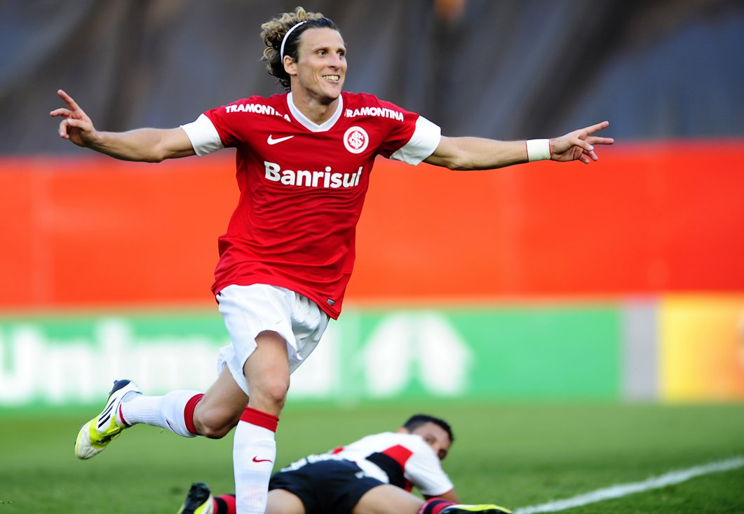 Paquete Diego Forlan