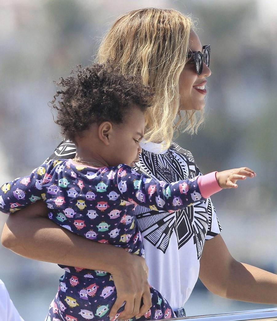 Beyonce y Blue Ivy en Ibiza