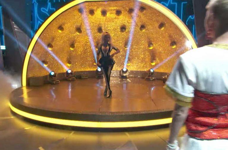 Katy Perry Nicki Minaj Swish Swish VMAs