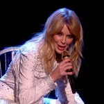 Kylie Minogue 'Dancing' Live