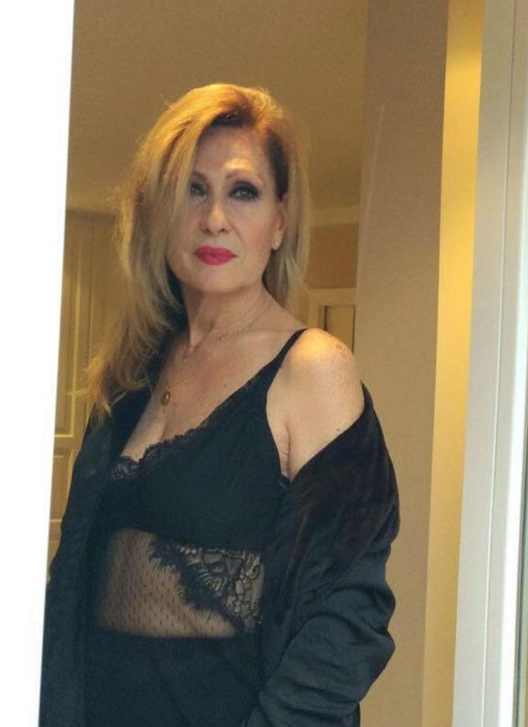 fce639539f9d Rosa Benito celebra los 63 años posando en ropa interior sexy - aMENzing