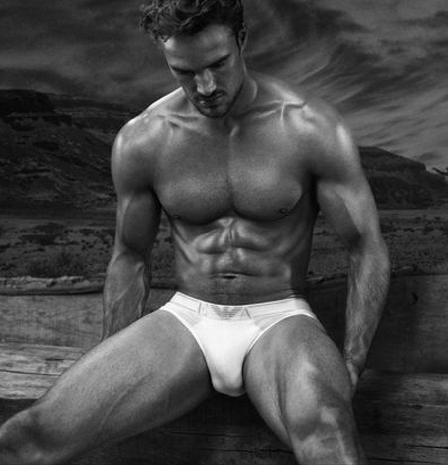 Thom Evans desnudo