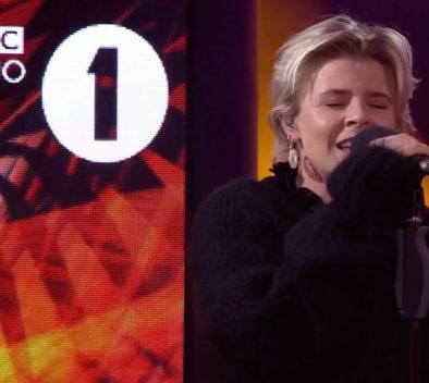 Robyn Honey Live BBC Radio 1 Lounge