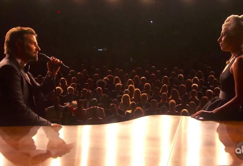 Lady Gaga y Bradley Cooper Shallow en los Oscar
